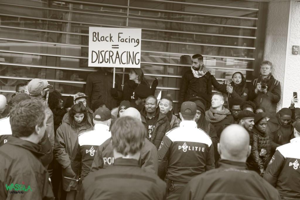 Anti-zwarte piet protest Rotterdam, Foto: Ouassila Ouassila